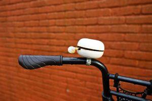 Loosen bike handle compressed air